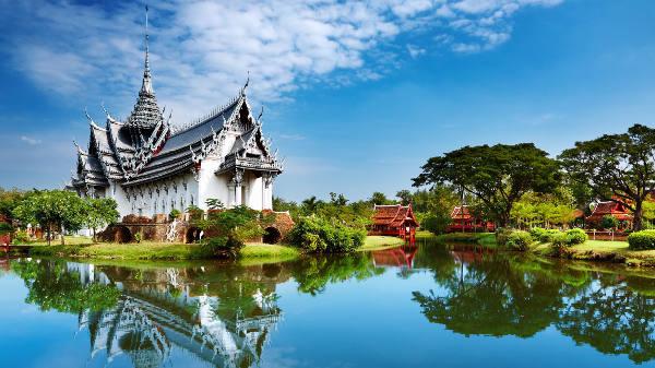 Loty Bangkok