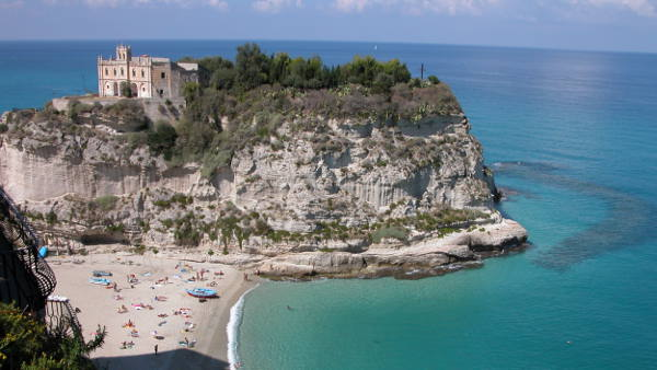 Flüge nach Reggio Calabria - Bravofly