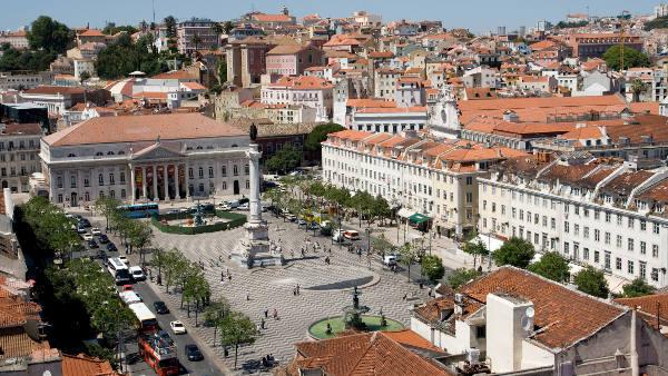 Loty Lizbona