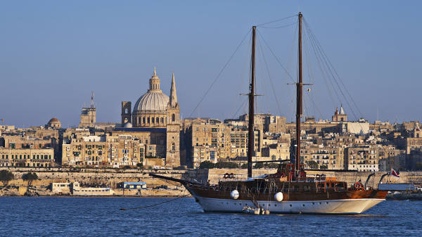 Malta uçak bileti
