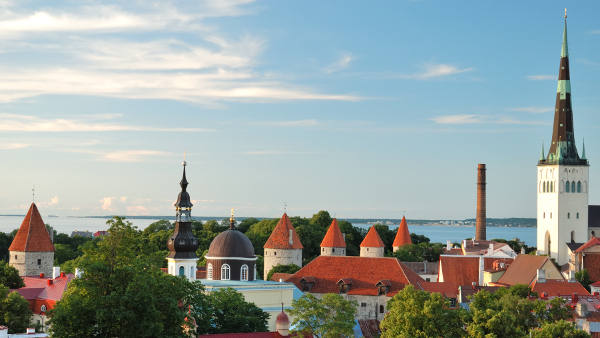 Tallinn uçak bileti